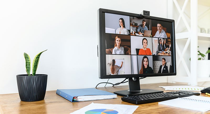 monitor-on-desk-with-zoom-meeting